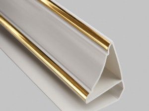 Как крепить потолочный плинтус для ПВХ панелей?