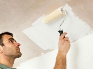 Как побелить потолок своими руками: быстро и просто