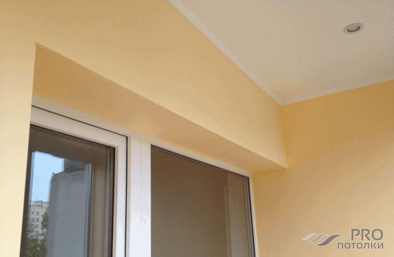 Из чего сделать потолок на балконе: варианты чем отделать из.