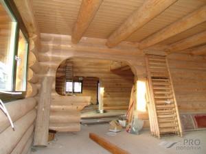 Как правильно утеплить деревянный потолок в доме?