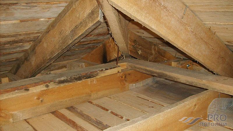 Чем утеплить потолок в бане