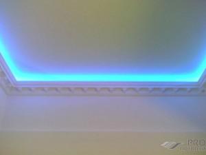 Плинтус потолочный под светодиодную ленту: современный дизайн