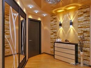Варианты дизайна потолка в прихожей